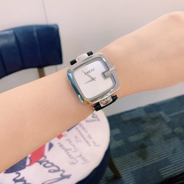 Nơi bán Đồng hồ nữ Gu.cci da mặt vuông cá tính về phiên bản F1