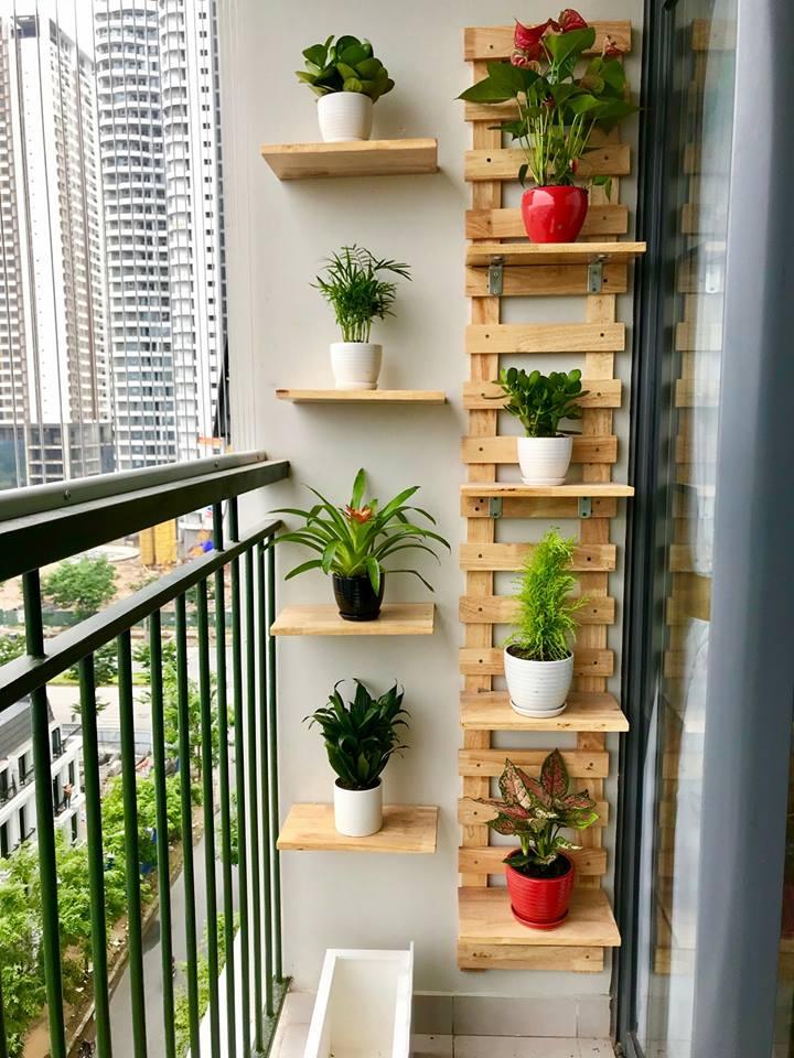Khung Trang Trí Ban Công chung cư đẹp kích thước 2mx40