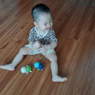 Đồ chơi nhà tắm cho bé Rùa con biết bơi tăng cường tưởng tượng quan sát ghi nhớ mầu sắc tốt hơn , sử dụng dây cót bền bỉ , chất liệu nhựa ABS an toàn cho bé , có 3 mầu Xanh , Hồng , Xanh cô ban shop giao mầu ngẫu nhiên thumbnail