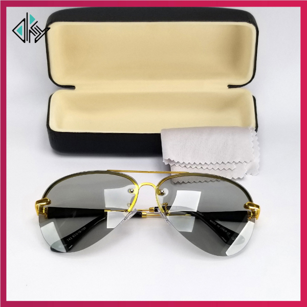 Giá bán Mắt kính mát nam đổi màu đi ngày và đêm. Tròng trong suốt, chống nắng, chống tia UV.