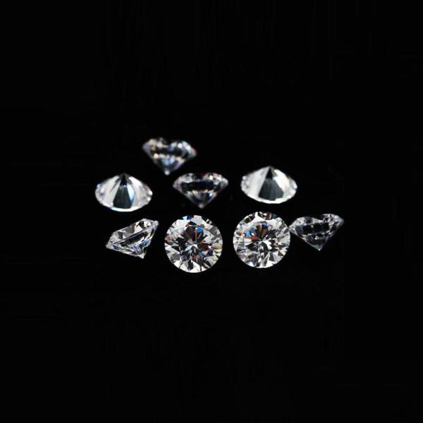 Kim cương tự nhiên đính răng 2.5ly KC9846