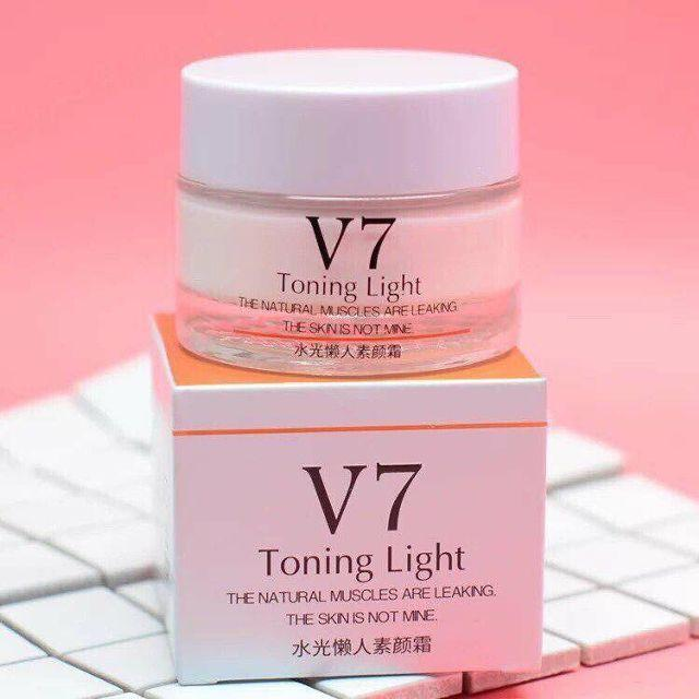 Kem V7 Bioaqua dưỡng trắng giữ ẩm
