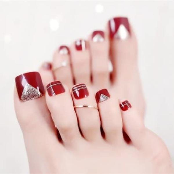 Hộp 24 Móng chân giả , nail giả , móng giả C31 (kèm keo dán) giá rẻ