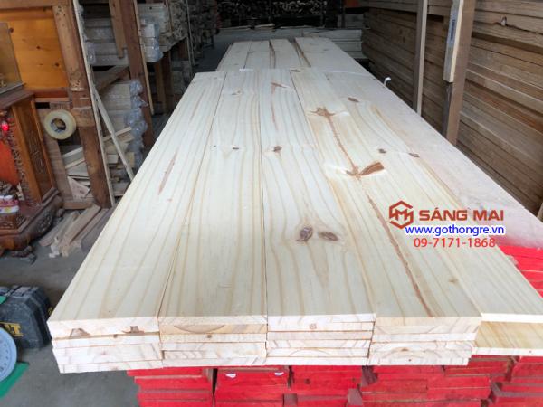 [MS67] - Tấm gỗ thông mặt rộng 10cm x dày 1cm x dài 1m2 x láng mịn 4 mặt