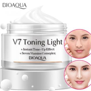 Kem Dưỡng Trắng Da V7 Toning Light Của Bioaqua Cho Da trong suốt thumbnail