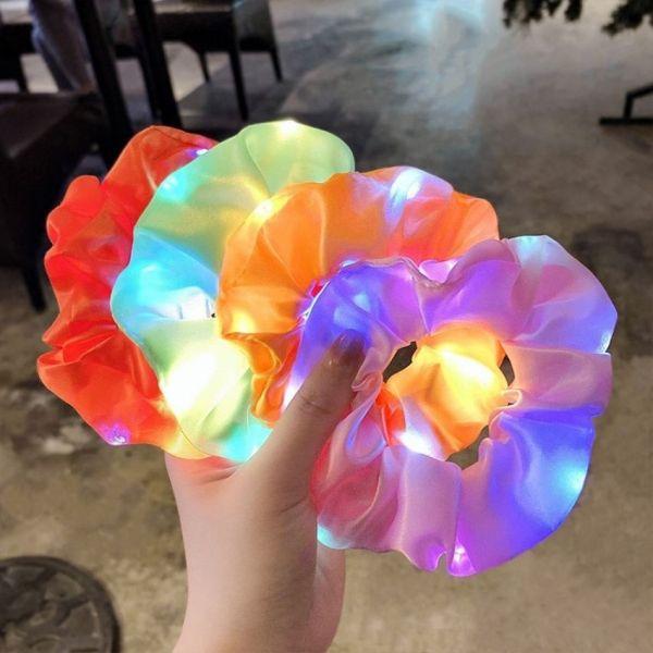 (HOT)Dây Buộc Tóc Scrunchies Phát Sáng kiểu Hàn Quốc Siêu Cute Bằng Vải,Có Đèn Led Phát Sáng Trong Đêm Siêu Đẹp, Dây Thun Co Giãn