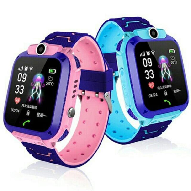 Đồng hồ định vị trẻ em chống nước Q12 có camera tiếng việt(hồng) bán chạy