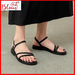 Giày sandal nữ đi học đế bằng bền đẹp phối dây chéo YUKIBLOOM, Giày sandal nữ học sinh, sinh viên mã G07 thumbnail