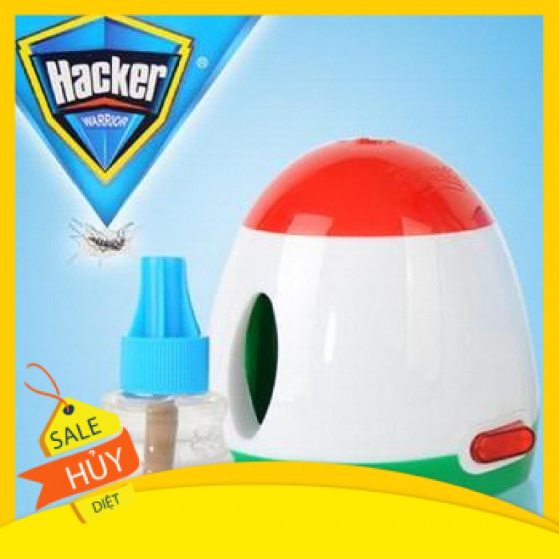 Máy đuổi muỗi xông tinh dầu Hacker kèm chai tinh dầu
