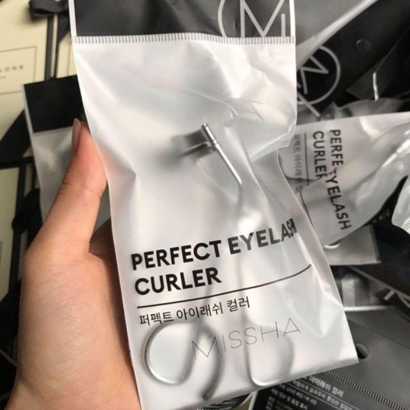 Kẹp mi Perfect Eyelash Curler Misha (có kèm miếng cao su thay thế)