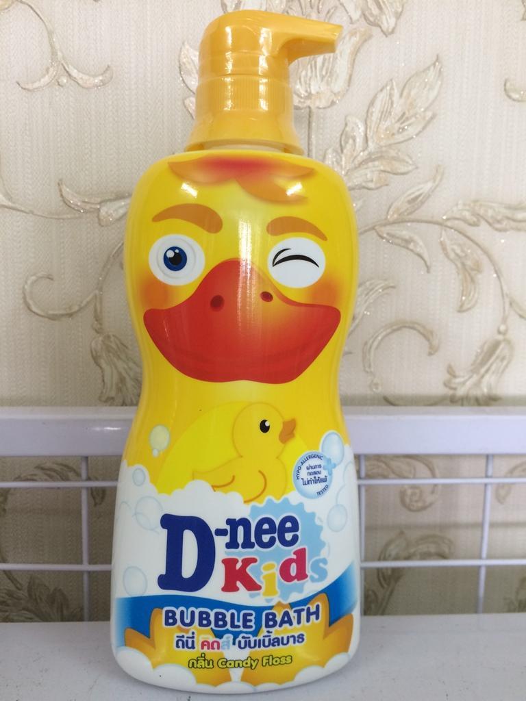 Sữa tắm Dnee Kids 400ml Thái Lan - Hình con vịt vàng
