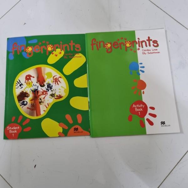 Bộ Finger Prints 1 ( bộ 2 cuốn ) cho bé tập làm quen với tiếng anh