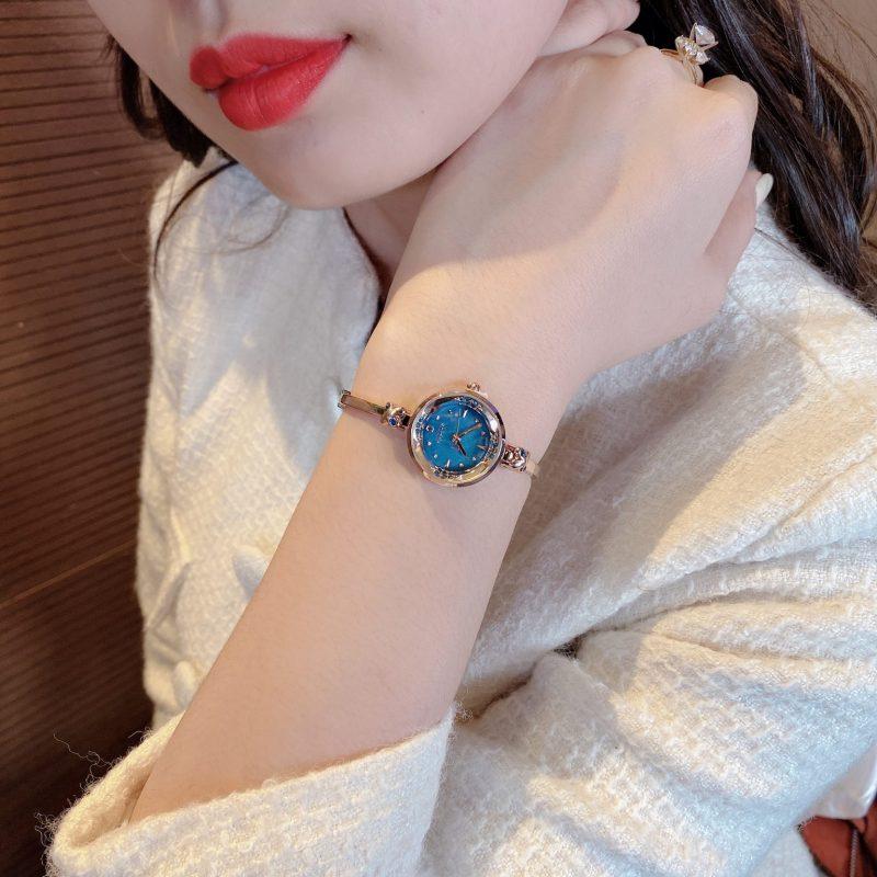 Đồng hồ nữ Julius Hàn Quốc JA-878D dây dạng lắc đính đá sang trọng