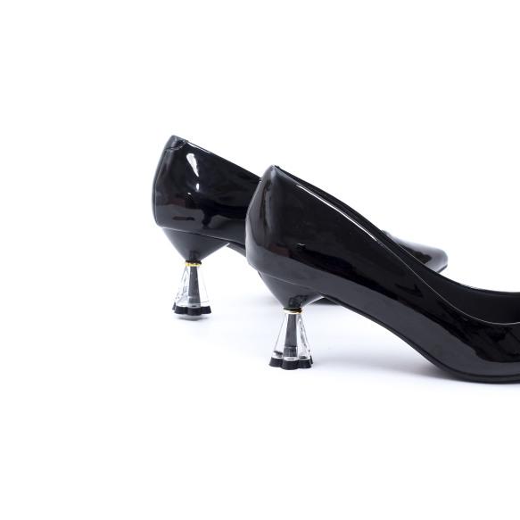 Giày Cao Gót 5cm Gót Trong Đồng Hồ Cát Da Bóng Pixie X579 giá rẻ