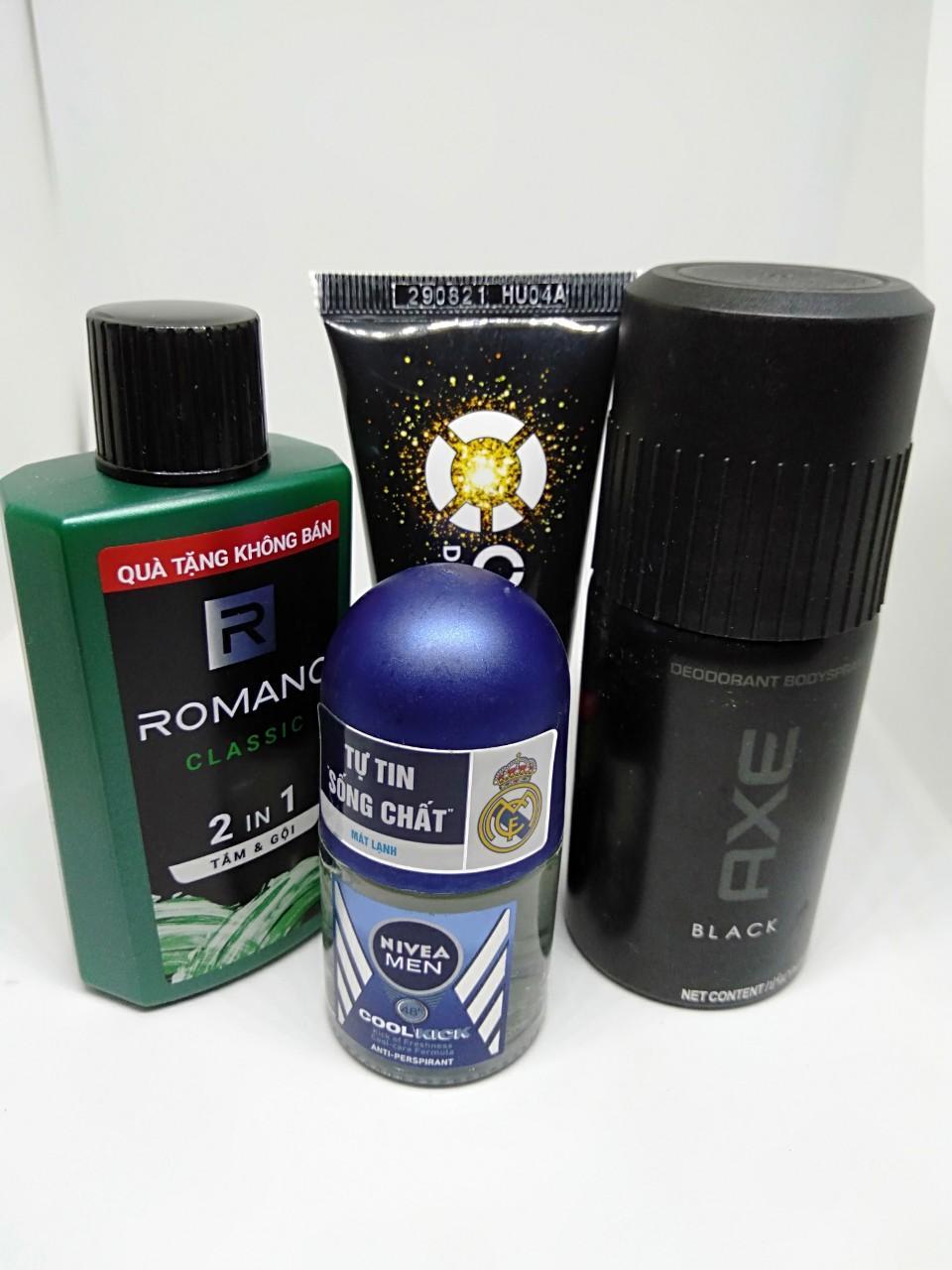 Trọn bộ dành cho nam giới 4 món gồm: 1 Chai dầu tắm gội hương nước hoa Romano 2in1 60g + 1 Chai xịt khử mùi Axe 50ml + 1 Chai lăn khử mùi Nivea for men 12ml + Tặng 1 Tuýp rửa mặt Oxy 25g