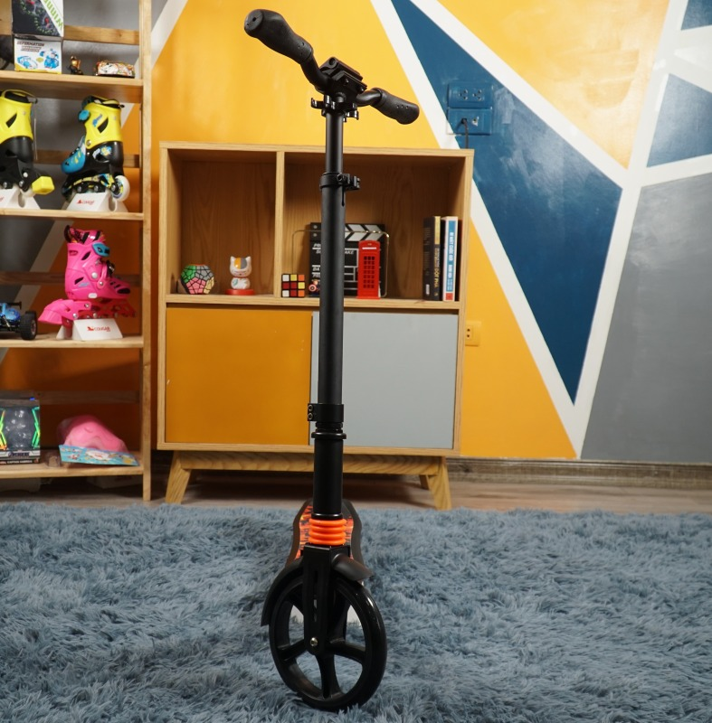 Mua Xe Trượt Scooter Người Lớn Centosy Y5 - Trắng