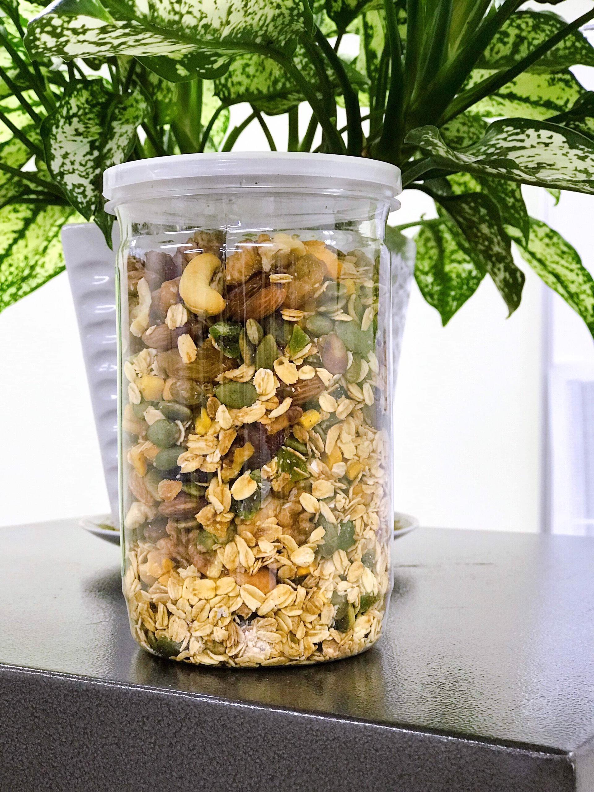 Granola: ngũ cốc mật ong khô nhập khẩu