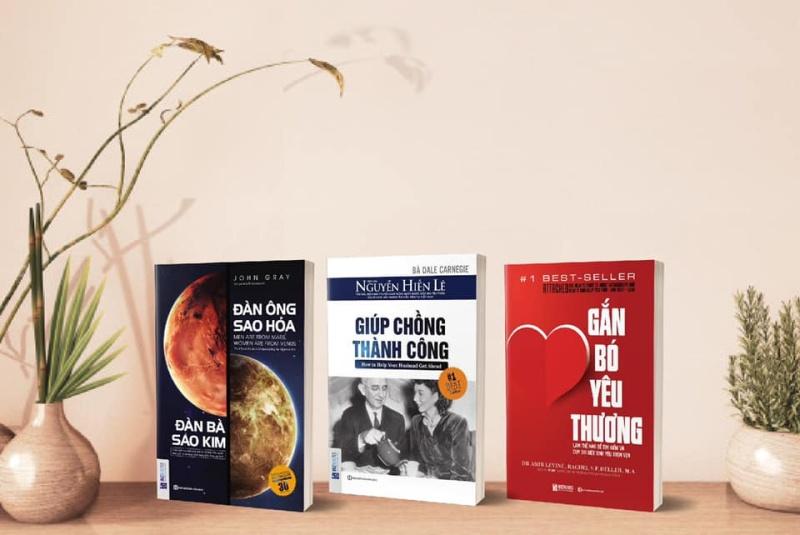 Bộ sách phụ nữ HẠNH PHÚC : Đàn ông sao hỏa, Đàn bà sao kim - Giúp chồng thành công - Gắn bó yêu thương ( bộ 3 cuốn )