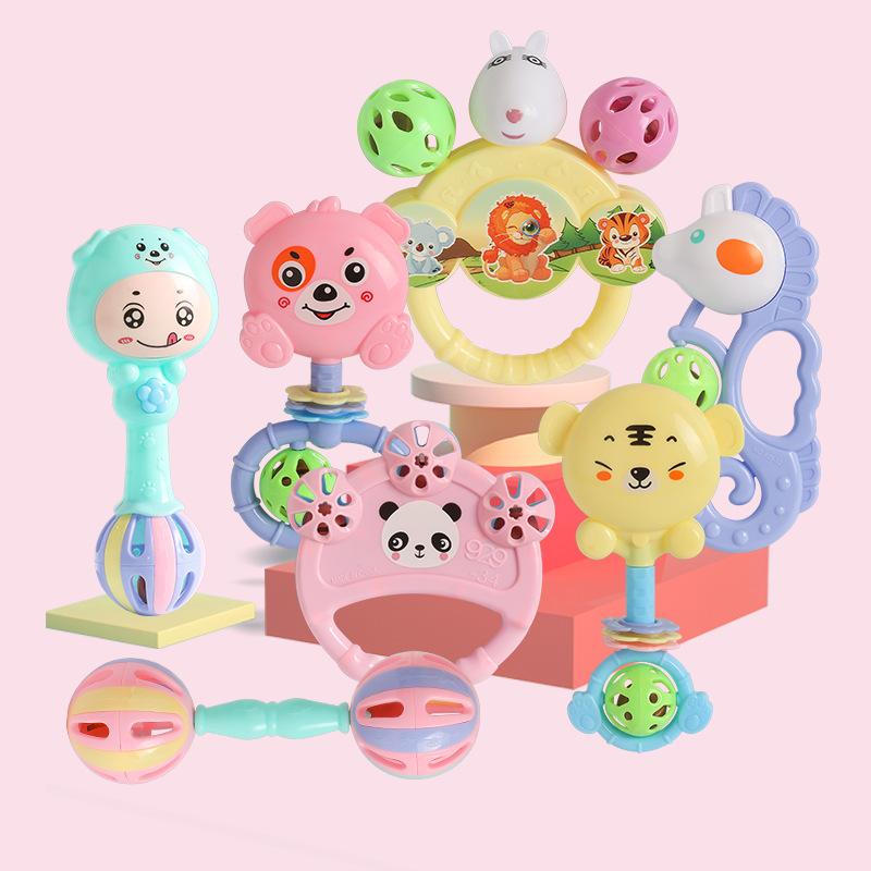 Bộ đồ chơi lục lạc 7 món cầm tay các nhân vật ngộ nghĩnh, vui nhộn dành cho bé, lục lạc cho bé giúp bé tập cầm nắm, phát triển các kĩ năng cơ bản chất liệu nhựa an toàn và thân thiên môi trường - Gutymart