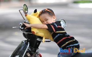 [Cho Bé Yêu] Gối đi xe máy cho bé - gối đi xe - Chất liệu vải bông mềm mại, bên trong là lớp bông polyester êm ái, có độ thông thoáng tối ưu. thumbnail