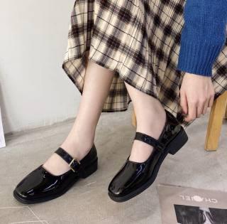Giày Mary Jane bản da bóng ngọt ngào nữ tính / giày búp bê nữ hàn quốc nhẹ nhàng tinh tế