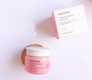 Kem Dưỡng Ẩm Innisfree Jeju Cherry Blossom Cream Jelly Cream 50ml thumbnail
