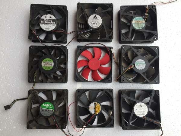 Quạt Fan 12V kích thước Fan 12 (12x12Cm) dòng điện dưới 0.2A