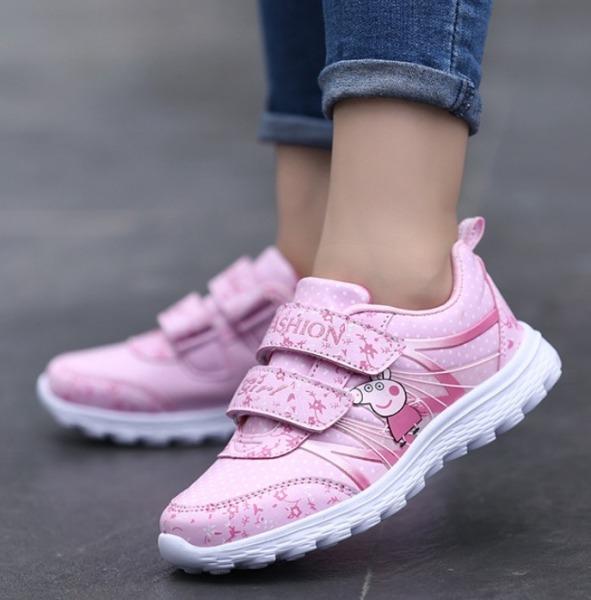 Giày cho bé gái in hình Heo Peppa TA036