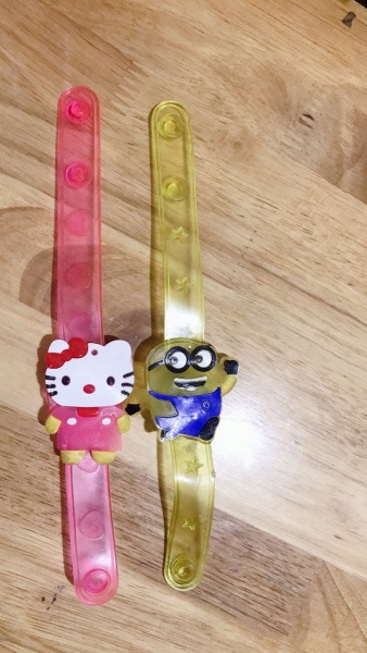 Nơi bán (FREE SHIP) (RẺ VÔ ĐỊCH) đồng hồ thời trang có đèn led cho trẻ em vui chơi, rất vui nhộn