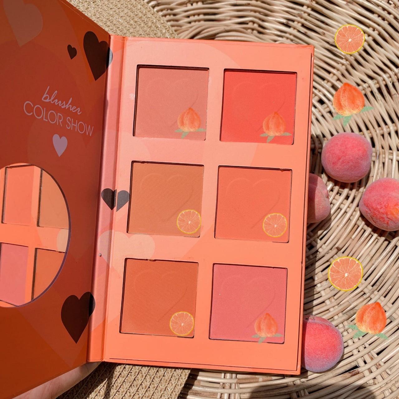 Má hồng Tone Cam 6 ô KISS BEAUTY - Thái Lan tốt nhất