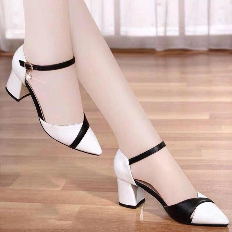 Giày Sandal Nữ Cao Gót 7 Phân Họa Tiết Đan Đen Trắng Đan Chéo giá rẻ