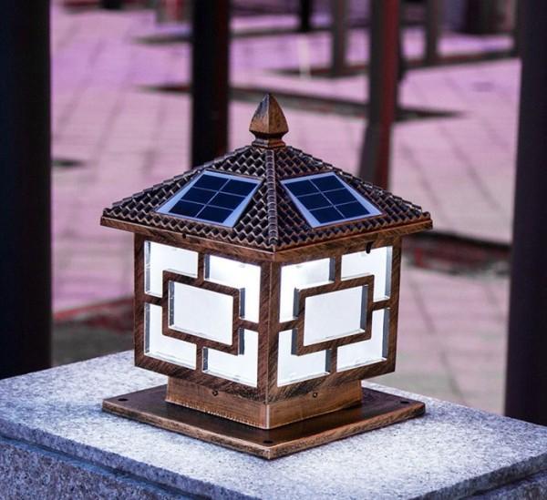 Đèn trụ cổng năng lượng mặt trời trụ vuông 30cm