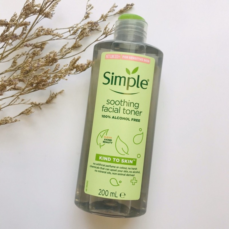 NƯỚC HOA HỒNG Trắng da Simple Kind To Skin Soothing Facial Toner 200ml Frorence86 Store giá rẻ