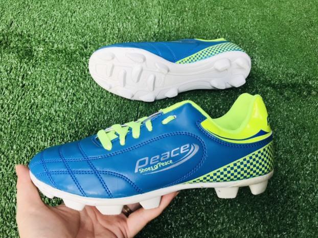 Giày đá bóng,giày đá banh,sân cỏ tự nhiên,đinh lớn giá rẻ