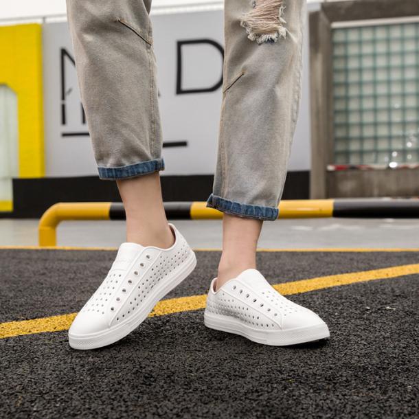 Giày nhựa nam nữ đi mưa đi biển siêu nhẹ giay nhua lỗ dẻo bền thoáng chân không trơn nhiều màu GU2 giá rẻ