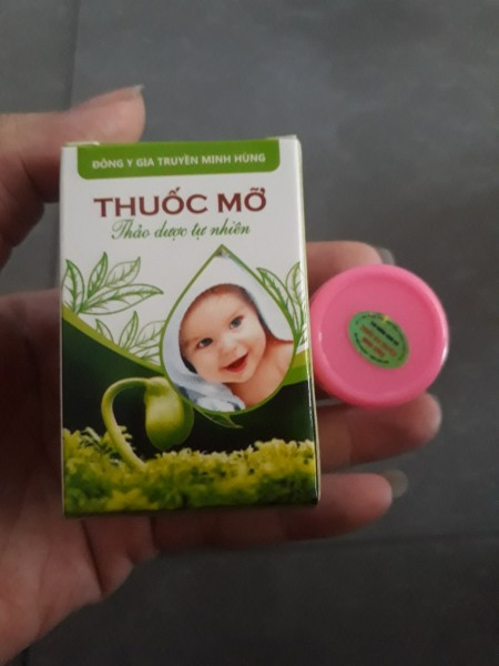 [HCM]combo 2 kem mỡ minh hùng + quà tặng mẹ 1 túi thời trang trị giá 150k ( mình bán j thì tặng cái đấy )