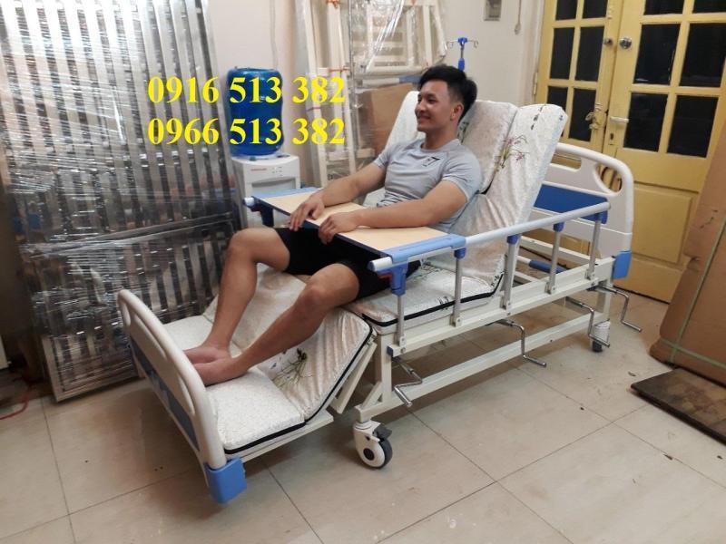Giường bệnh đa năng 4 tay quay (HL3)