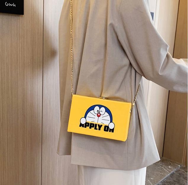 Giá Cực Tốt Khi Mua Túi Xách Nữ , Túi đeo Chéo Nữ , Phiên Bản Doreamon , Phong Cách Hàn Quốc