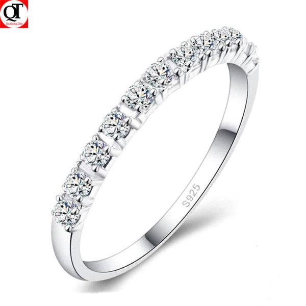 Nhẫn nữ Bạc Quang Thản, nhẫn bạc nữ bản nhỏ gắn đá cobic tấm trắng sáng chất liệu bạc thật không xi mạ có thể chỉnh size tay yêu cầu, phong cách trẻ trung thích hợp đeo tại các buổi dạ tiệc, sinh nhật, làm quà tặng – QTNU52