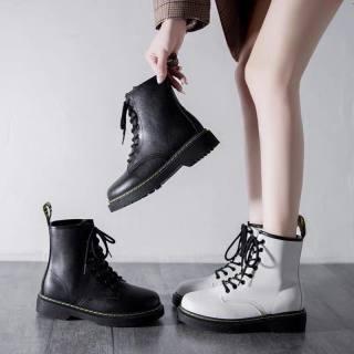 Giày nữ giày boost mùa đông phong cách Hàn độn đế 3 cm hai màu: Đen, trắng , Chất liệu da mềm đi êm chân, dễ phối đồ