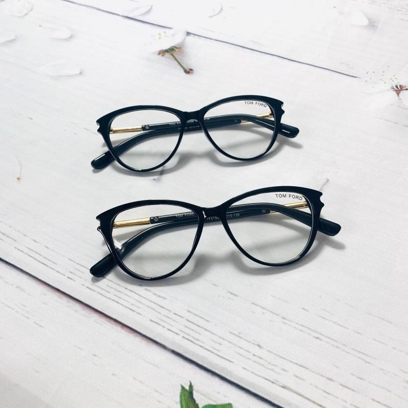 Giá bán Gọng kính mắt mèo TF 5190