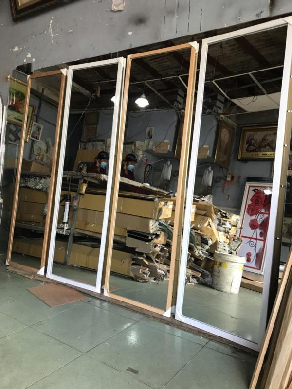 Gương soi toàn thân khung vân gỗ