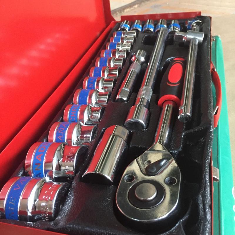 Bộ tuýp vặn khẩu 24 chi tiết socket wrenches