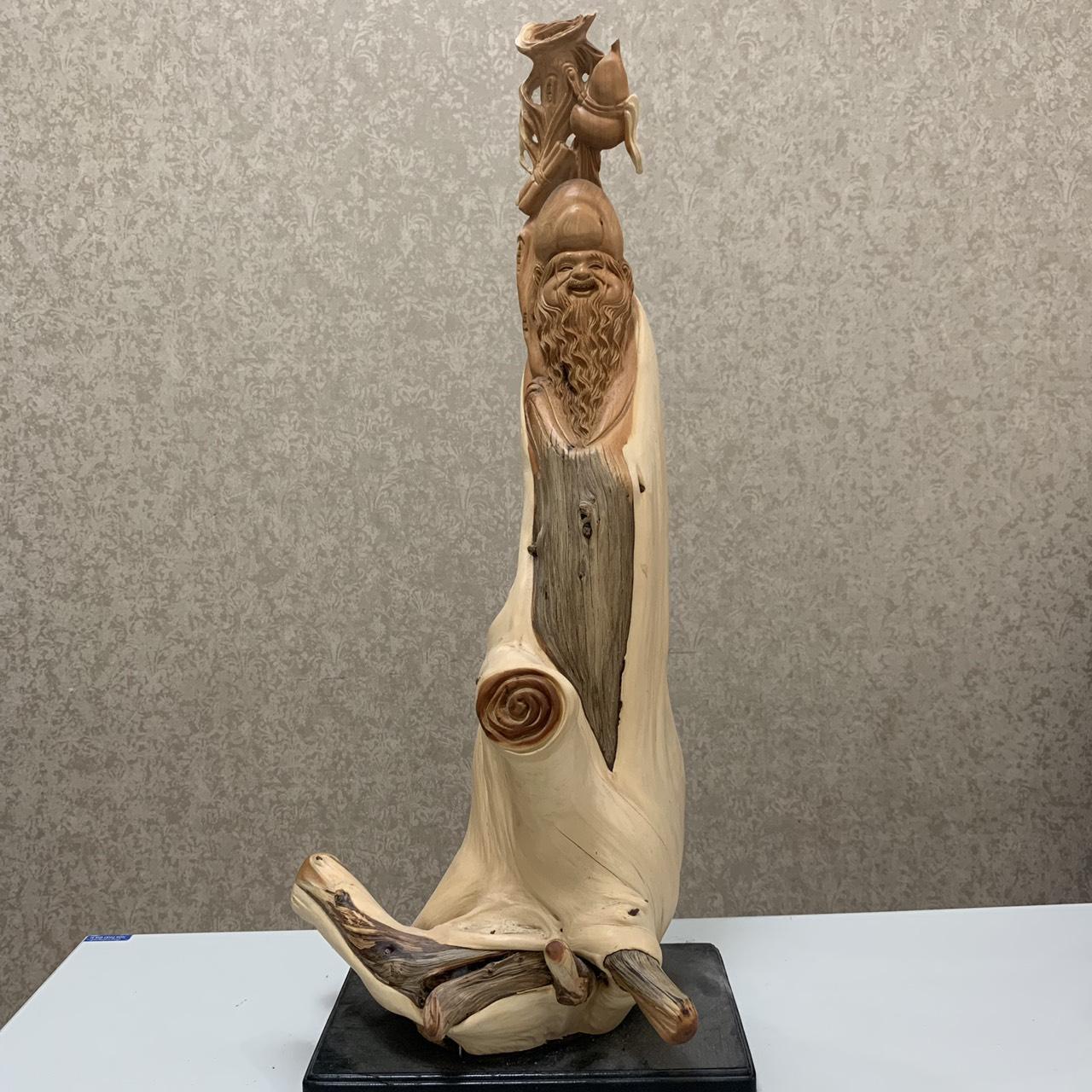 Mua Tượng Cụ Thọ gỗ Nhai Bách độc đáo