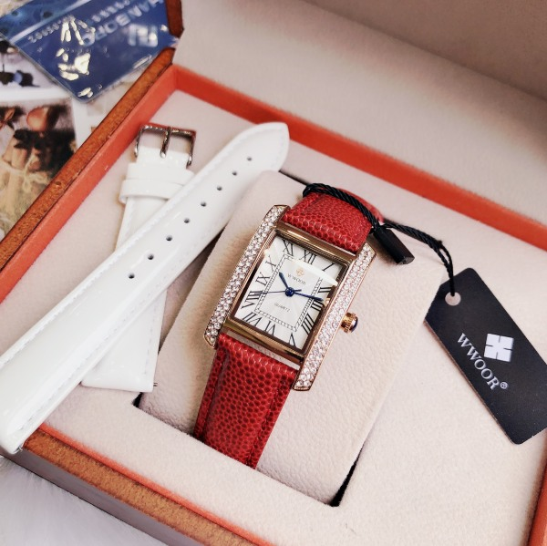 Nơi bán (Rẻ hơn hoàn tiền) Đồng hồ đeo tay cao cấp WWOOR 8806 chính hãng bằng inox với dây da hợp thời trang