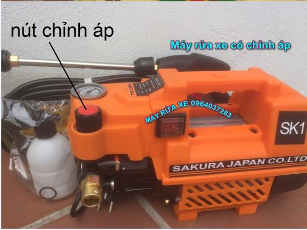 Máy Rửa Xe Mini .Chỉnh Áp SAKURA. Japan SK1. Công Suất 2400W. Có chỉnh áp trên thân máy. Máy xịt rửa xe máy. Ôtô. Máy lạnh. Tặng kèm bình tạo bọt.sung dài