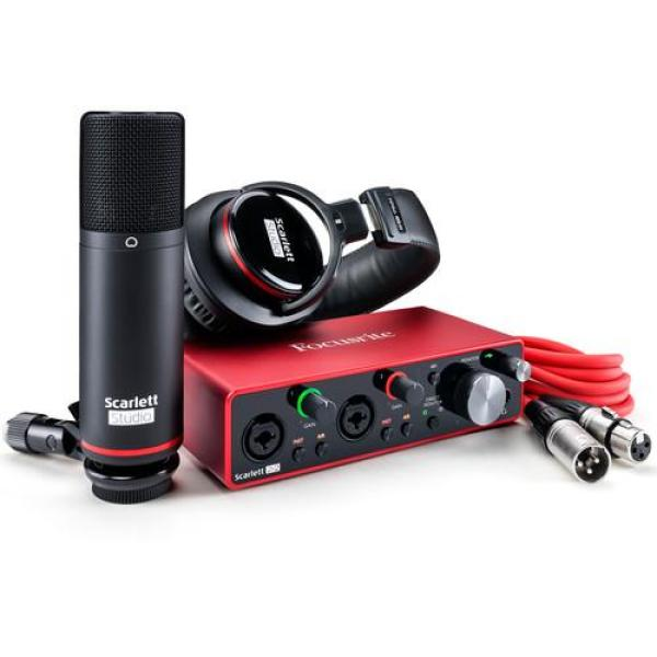 Giá Focusrite Scarlett 2i2 Studio 2x2 USB Audio Interface with Microphone & Headphones (3rd Generation) gen3