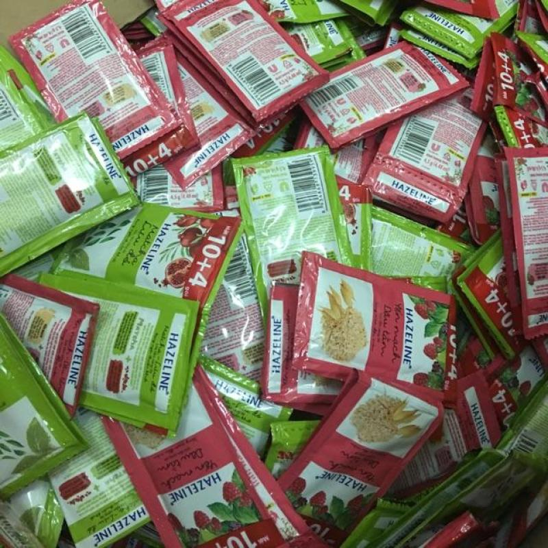 Combo 50 gói Sữa tắm HAZELINE 6g. tặng kèm túi đựng đồ dùng cá nhân mini