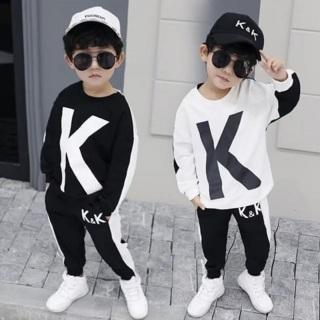 Bộ dài tay in chữ K chất mềm mại thích hợp cho cả bé trai và gái, in chữ K xinh xắn với 2 màu trắng đen phong cách thumbnail