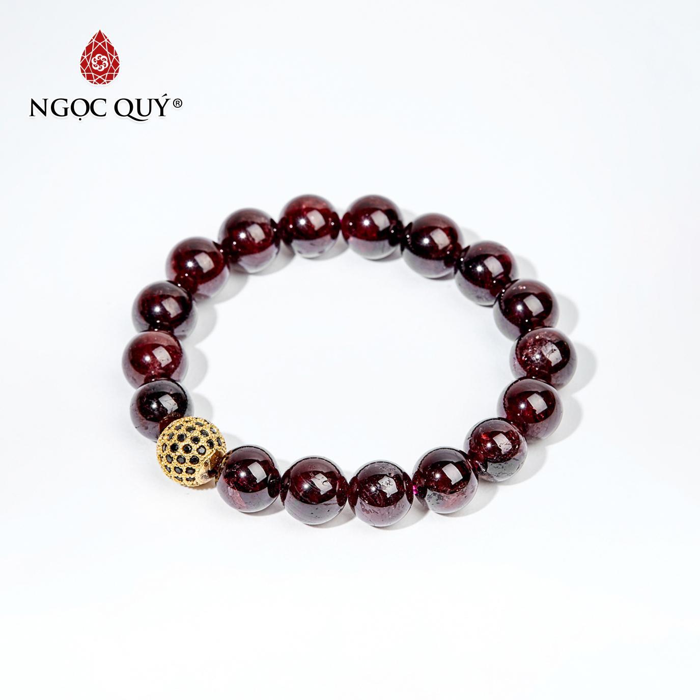 Vòng Tay Đá Garnet Phối Cầu Mệnh Hoả, Thổ 10mm (màu đỏ mận) - Ngọc Quý Gemstones